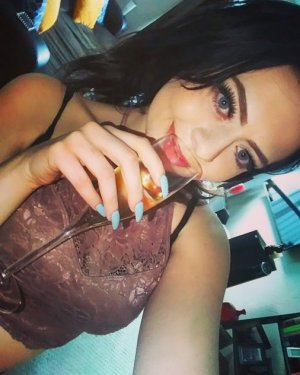 Aneline sex dating