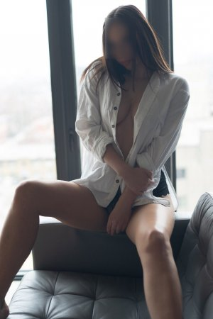 Halina sex dating in Portland